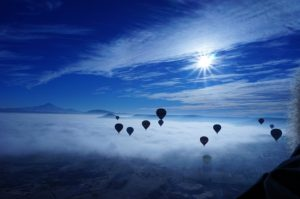 hot-air-balloon-682553_640